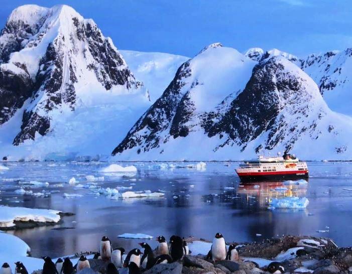 hurtigruten - eis berge pinguine wasser glasklar